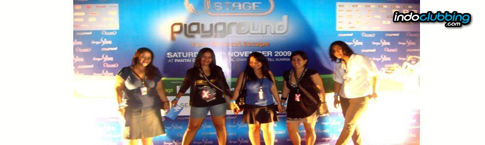 Report embassy playground 2009 carnival beach ancol for Terrace karaoke jogja