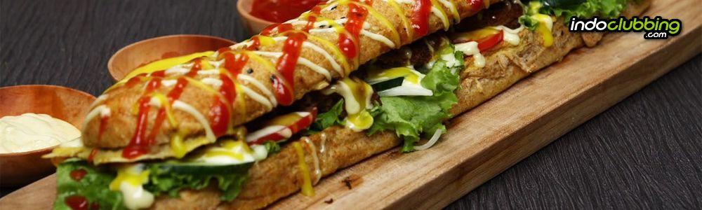 Listing 5 Roti John Paling Enak Dan Panjang Di Jakarta