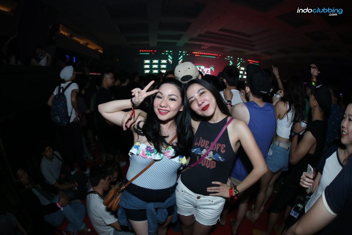 Gallery Girls Of Dwp 2016 Day 1 Tiket X Djakarta Warehouse Project Jakarta International Expo Fri 9 Dec 692 Hits