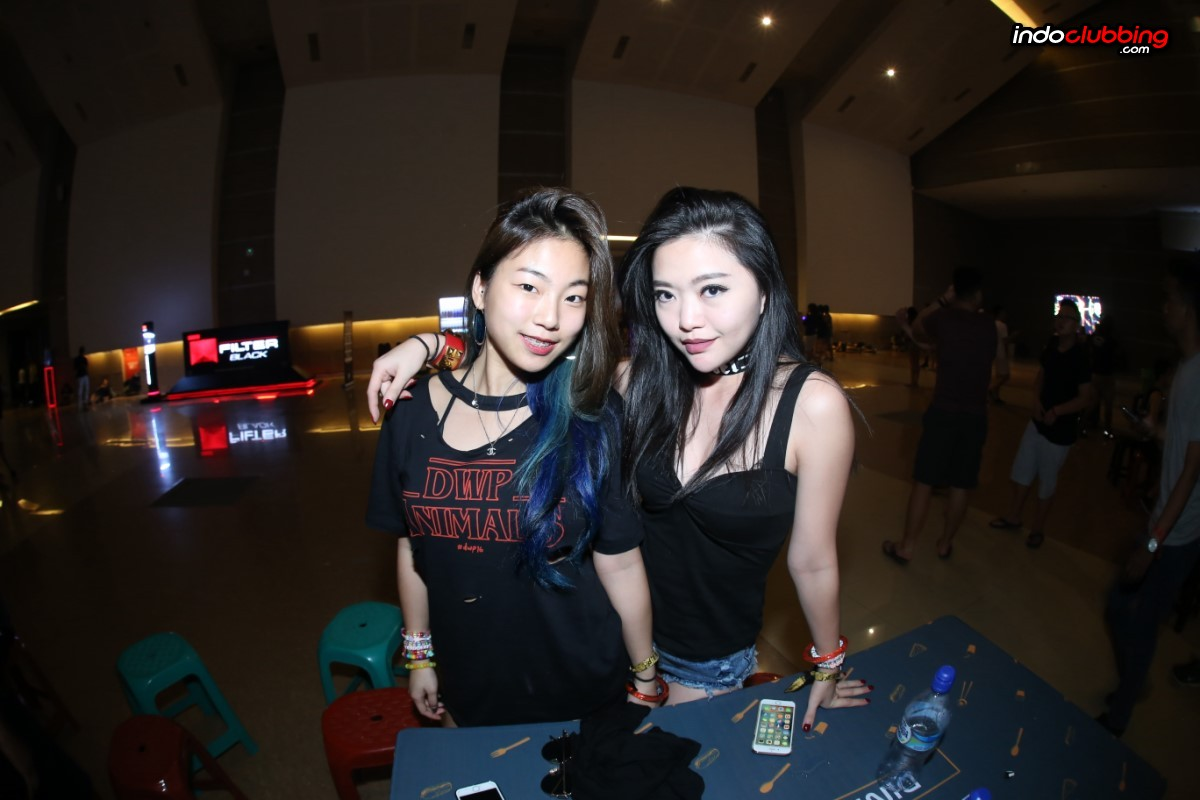 Gallery Girls Of Dwp 2016 Day 1 Tiket X Djakarta Warehouse Project Jakarta International Expo Fri 9 Dec 700 Hits